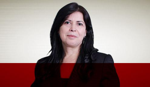 Beth Barros