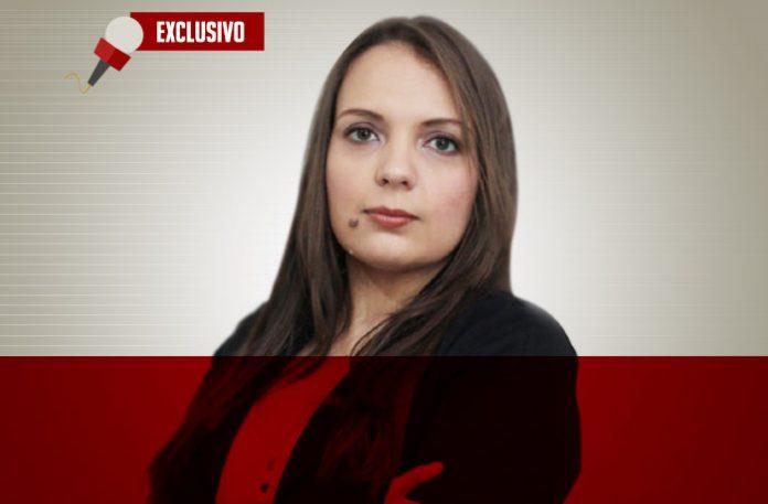 Camila Bueno Guimarães