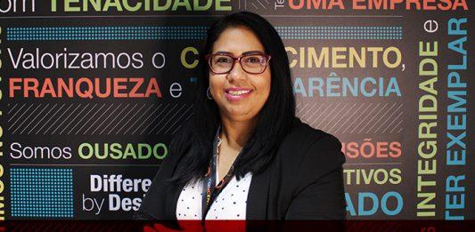 Claudia Gimenez, vice-presidente e gerente geral da Concentrix Brasil