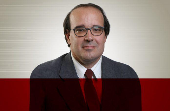 Fernando M. Serson é professor do departamento de marketing da FGV-EAESP e sócio-diretor da QUES – Qualidade e Excelência em Serviços